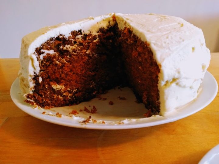 King carrot cake with Philadelphia cream cheese icing